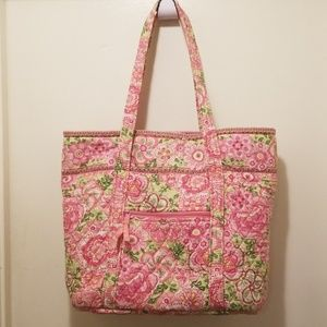 The iconic Vera Bradley large tote bag